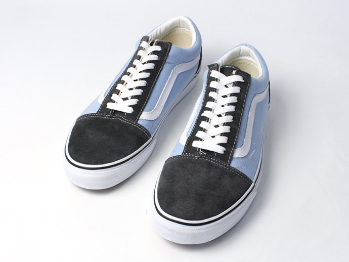 VANS Old Skool Gold Coast - Dark Shadow/Powder Blue<img class='new_mark_img2' src='//img.shop-pro.jp/img/new/icons47.gif' style='border:none;display:inline;margin:0px;padding:0px;width:auto;' /> 02
