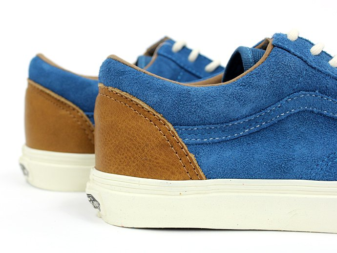 66761197 VANS / 2 Tone Old Skool Reissue CA - Blue Sapphire/Cathay Spice<img class='new_mark_img2' src='//img.shop-pro.jp/img/new/icons47.gif' style='border:none;display:inline;margin:0px;padding:0px;width:auto;' /> 02