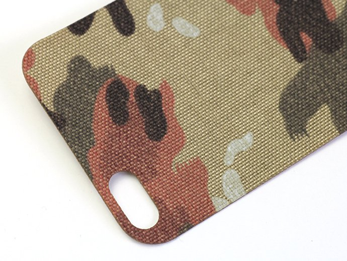 68100776 THINGING / Phone Back for iPhone 5/5s - Swiss Camo<img class='new_mark_img2' src='//img.shop-pro.jp/img/new/icons47.gif' style='border:none;display:inline;margin:0px;padding:0px;width:auto;' /> 02