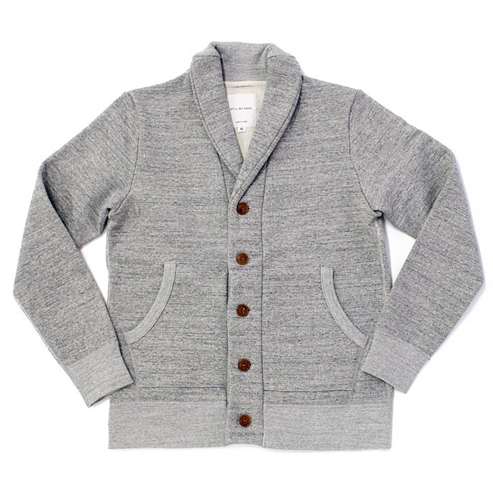 68663191 STILL BY HAND / 度詰めスウェット ショールカラーカーディガン - Grey<img class='new_mark_img2' src='//img.shop-pro.jp/img/new/icons47.gif' style='border:none;display:inline;margin:0px;padding:0px;width:auto;' /> 01