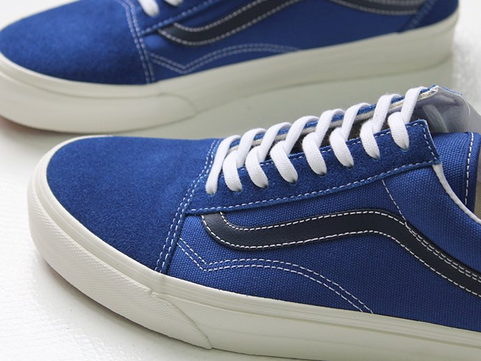 VANS Vintage Old Skool - True Blue/Black Iris<img class='new_mark_img2' src='//img.shop-pro.jp/img/new/icons47.gif' style='border:none;display:inline;margin:0px;padding:0px;width:auto;' /> 02