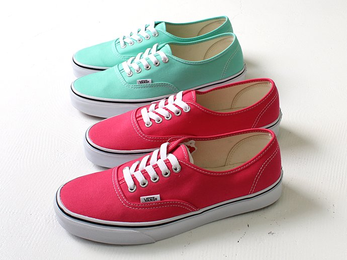 72928434 VANS / Canvas Authentic - Rouge Red/True White キャンバスオーセンティック 02
