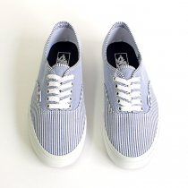 VANS Multi Stripes Authentic - Dress Blues/True White<img class='new_mark_img2' src='//img.shop-pro.jp/img/new/icons47.gif' style='border:none;display:inline;margin:0px;padding:0px;width:auto;' />