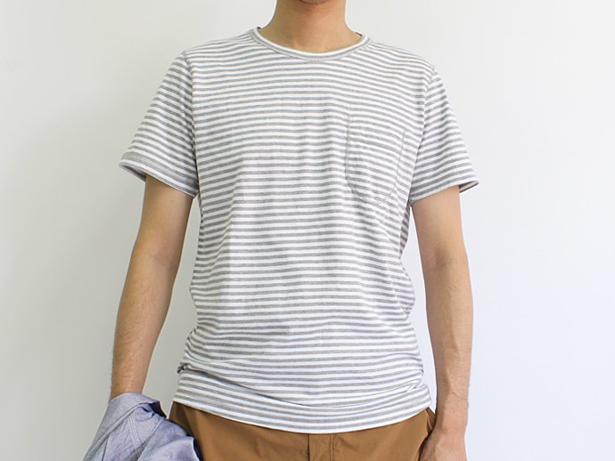 73396804 TAURUS / Flat Seamed Pocket Tee ボーダーポケットTシャツ - Grey Stripe 02