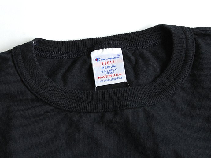 Champion Champion / T1011 ポケットTシャツ Made in USA - Navy<img class='new_mark_img2' src='//img.shop-pro.jp/img/new/icons47.gif' style='border:none;display:inline;margin:0px;padding:0px;width:auto;' /> 02