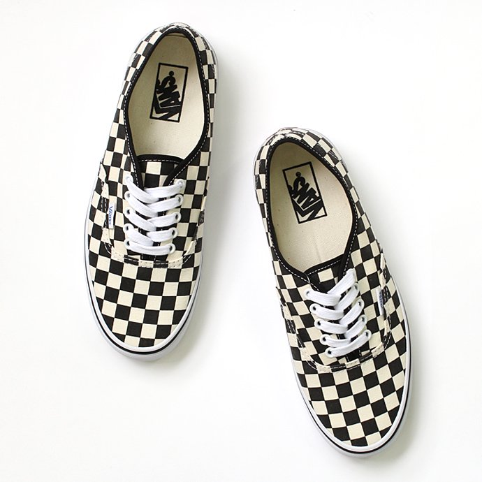 VANS Golden Coast Authentic - Black/White Checker<img class='new_mark_img2' src='//img.shop-pro.jp/img/new/icons47.gif' style='border:none;display:inline;margin:0px;padding:0px;width:auto;' /> 01