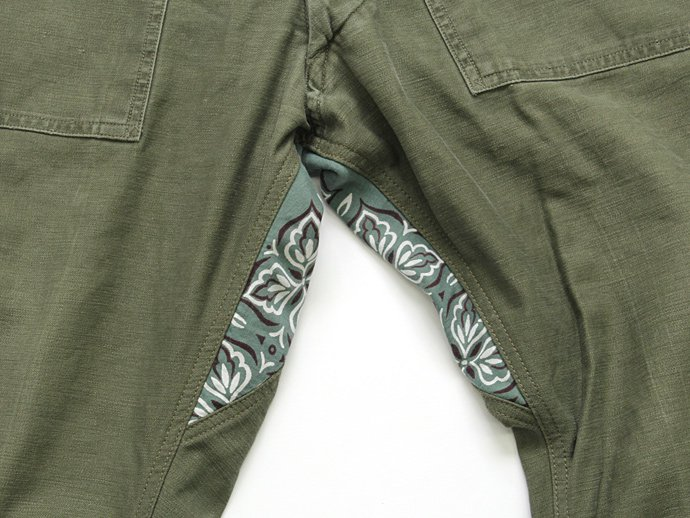 Hexico Deformer Pants - Straight U.S. Bandana Ex. Baker<img class='new_mark_img2' src='//img.shop-pro.jp/img/new/icons47.gif' style='border:none;display:inline;margin:0px;padding:0px;width:auto;' /> 02