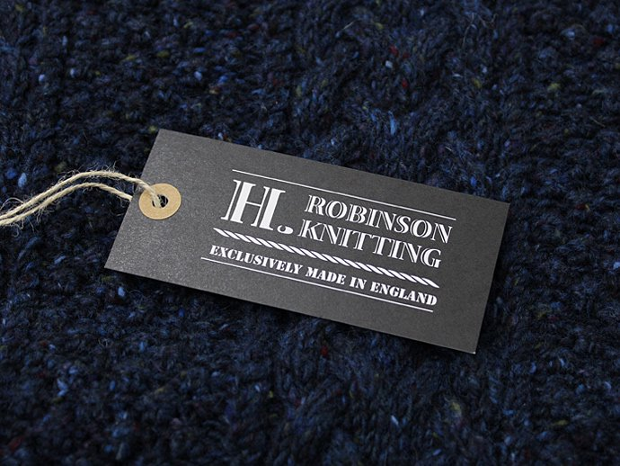 81418230 H. ROBINSON KNITTING / Hand Knitted Spine Cable P/O - Royal Navy<img class='new_mark_img2' src='//img.shop-pro.jp/img/new/icons47.gif' style='border:none;display:inline;margin:0px;padding:0px;width:auto;' /> 02
