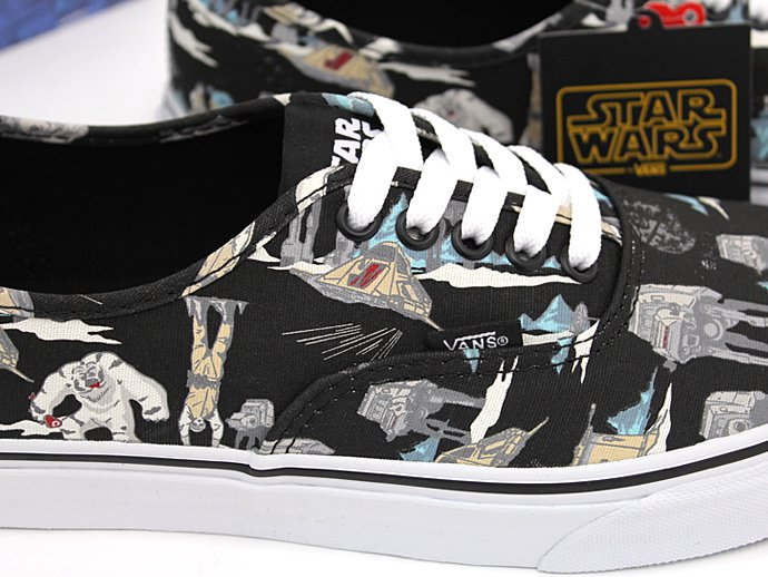 VANS Star Wars Authentic - Dark Side/Planet Hoth<img class='new_mark_img2' src='//img.shop-pro.jp/img/new/icons47.gif' style='border:none;display:inline;margin:0px;padding:0px;width:auto;' /> 02