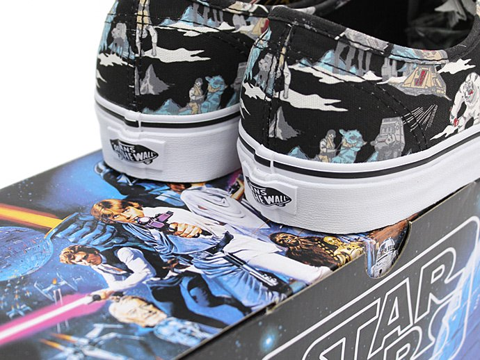 81821229 VANS / Star Wars Authentic - Dark Side/Planet Hoth<img class='new_mark_img2' src='//img.shop-pro.jp/img/new/icons47.gif' style='border:none;display:inline;margin:0px;padding:0px;width:auto;' /> 02