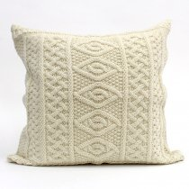 Aran Crafts / Aran Plated Cushion Cover ニットクッションカバー - ナチュラル<img class='new_mark_img2' src='//img.shop-pro.jp/img/new/icons47.gif' style='border:none;display:inline;margin:0px;padding:0px;width:auto;' />