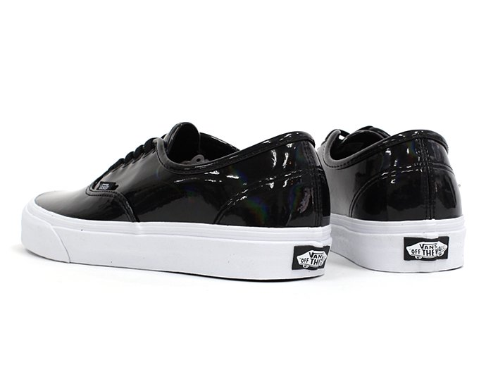 VANS Patent Leather Authentic - Black<img class='new_mark_img2' src='//img.shop-pro.jp/img/new/icons47.gif' style='border:none;display:inline;margin:0px;padding:0px;width:auto;' /> 02