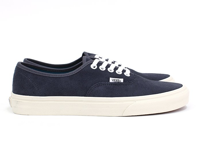 VANS Vintage Suede Authentic - Ombre Blue<img class='new_mark_img2' src='//img.shop-pro.jp/img/new/icons47.gif' style='border:none;display:inline;margin:0px;padding:0px;width:auto;' /> 02