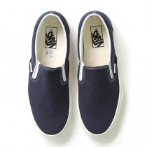 VANS Vintage Slip-On - Dress Blues<img class='new_mark_img2' src='//img.shop-pro.jp/img/new/icons47.gif' style='border:none;display:inline;margin:0px;padding:0px;width:auto;' />