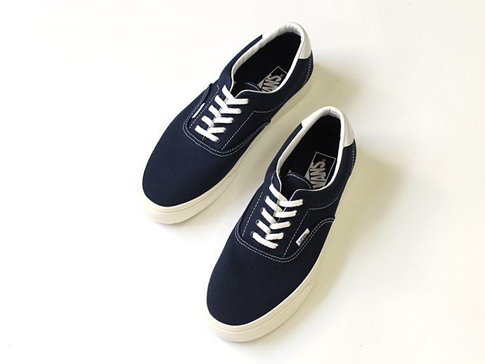 VANS 10oz. Canvas Era 59(エラ59 10オンスキャンバス ネイビー)- Dress Blues/Marshmallow<img class='new_mark_img2' src='//img.shop-pro.jp/img/new/icons47.gif' style='border:none;display:inline;margin:0px;padding:0px;width:auto;' /> 02