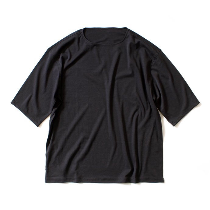 92389385 smoothday / 100/1 ディオラマスムース オーバーサイズTシャツ - ブラック<img class='new_mark_img2' src='//img.shop-pro.jp/img/new/icons47.gif' style='border:none;display:inline;margin:0px;padding:0px;width:auto;' /> 01