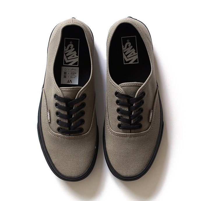 94477885 VANS / Black Sole Authentic - Brindle<img class='new_mark_img2' src='//img.shop-pro.jp/img/new/icons47.gif' style='border:none;display:inline;margin:0px;padding:0px;width:auto;' /> 01