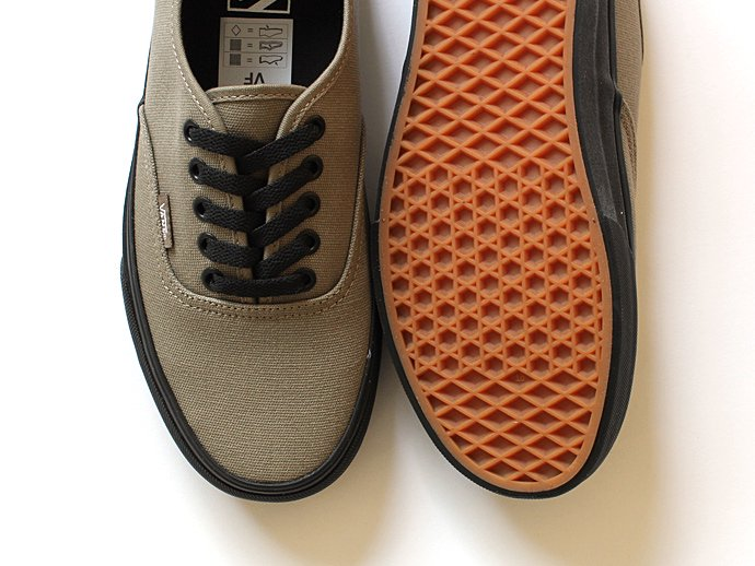 VANS Black Sole Authentic - Brindle<img class='new_mark_img2' src='//img.shop-pro.jp/img/new/icons47.gif' style='border:none;display:inline;margin:0px;padding:0px;width:auto;' /> 02