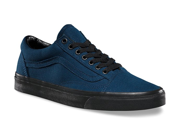 VANS Black Sole Old Skool - Dress Blues<img class='new_mark_img2' src='//img.shop-pro.jp/img/new/icons47.gif' style='border:none;display:inline;margin:0px;padding:0px;width:auto;' /> 02