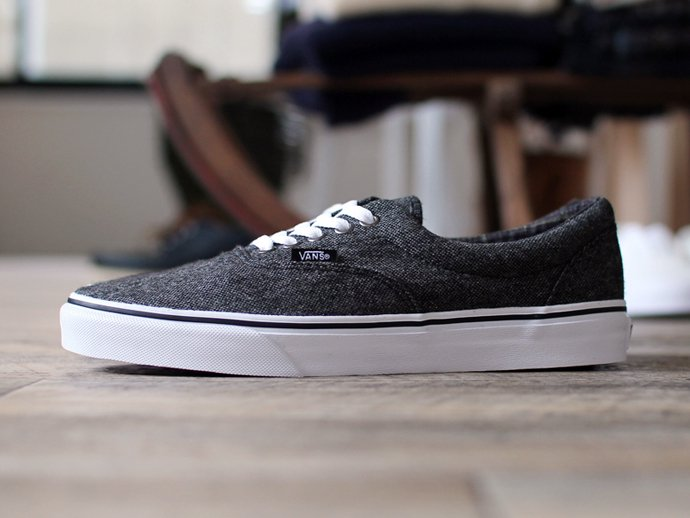 VANS Tweed Era - Black/True White ツイード エラ<img class='new_mark_img2' src='//img.shop-pro.jp/img/new/icons47.gif' style='border:none;display:inline;margin:0px;padding:0px;width:auto;' /> 02