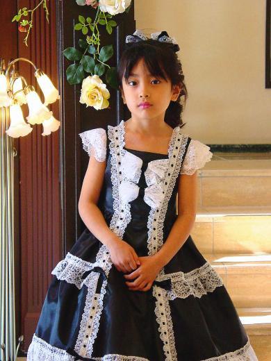 ロリータファッション風黒のドレス 子供ドレス 発表会ドレスの