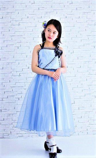 シックで綺麗な色のブルー子供ドレス