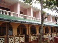 ナマル ガーデン ビーチ ホテル