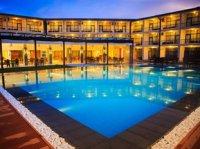 キャメロット ビーチ ホテル