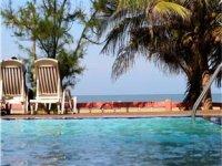 トパツ ビーチ ホテル