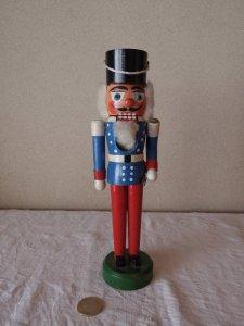 ビンテージくるみ割り人形 白いアゴひげの兵隊さん・germany nutcracker soldier doll small