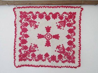 ルーマニア 刺繍 イーラーショシュ クロス 48X44 赤 Romania irasos enbroidery