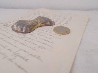 チェコ シェル お菓子の型 クッキー型 モールド 蝶ネクタイ 珍しいハンドメイド材料・Mold Mould shell vintage