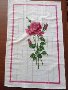 ルーマニア デッドストックのキッチンリネン タオル レトロ バラ 1 Romania deadstock kitchen cloth rose