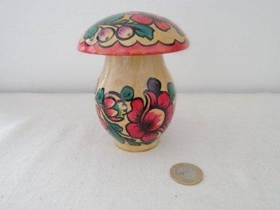 ヴィンテージ キノコのマトリョーシカ 大・VINTAGE OLD Matyoshka Russian nesting doll mushroom
