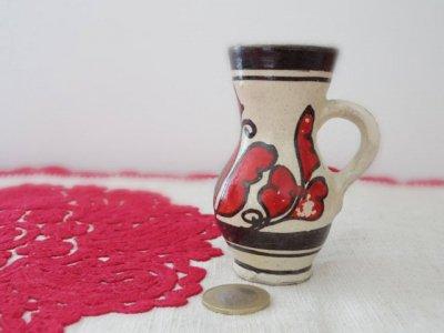 ルーマニア コロンド村の陶器の小さな花瓶 水差し ミニ 赤・Romania Korond pottery vase small red