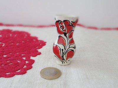 ルーマニア コロンド村の陶器の小さな花瓶 ミニミニ 水差し 赤・Romania Korond pottery vase minix2 red