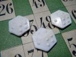 フランス:プラスチックのフェーブ:サイコロ ダイス・France old feve plastic dice