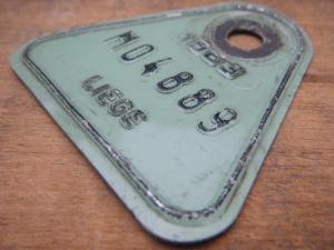 ドイツ蚤の市  ベルギー Liege メタルプレートタグ ペパーミントグリーン 1983 M04889・VINTAGE metal plate tag Belgium