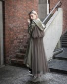 <img class='new_mark_img1' src='//img.shop-pro.jp/img/new/icons11.gif' style='border:none;display:inline;margin:0px;padding:0px;width:auto;' />Back Tulle Nylon Coat