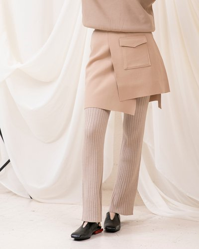 <img class='new_mark_img1' src='//img.shop-pro.jp/img/new/icons11.gif' style='border:none;display:inline;margin:0px;padding:0px;width:auto;' />Rayerd Rap Knit Skirt