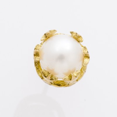 STAR CROWN PEARL pierced earrings