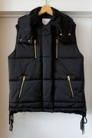 <img class='new_mark_img1' src='https://img.shop-pro.jp/img/new/icons50.gif' style='border:none;display:inline;margin:0px;padding:0px;width:auto;' />[ CINOH ] PADDING VEST