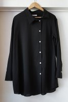 <img class='new_mark_img1' src='https://img.shop-pro.jp/img/new/icons50.gif' style='border:none;display:inline;margin:0px;padding:0px;width:auto;' />[ CINOH ] ASYMMETRY SHIRT