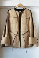 <img class='new_mark_img1' src='https://img.shop-pro.jp/img/new/icons50.gif' style='border:none;display:inline;margin:0px;padding:0px;width:auto;' />[ CINOH ] NO COLLAR PIPING JACKET