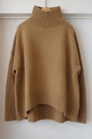 <img class='new_mark_img1' src='https://img.shop-pro.jp/img/new/icons50.gif' style='border:none;display:inline;margin:0px;padding:0px;width:auto;' />[ CINOH ] OVERSIZE HI-NECK KNIT