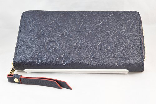 <img class='new_mark_img1' src='https://img.shop-pro.jp/img/new/icons13.gif' style='border:none;display:inline;margin:0px;padding:0px;width:auto;' />【LOUIS VUITTON】【ルイビトン】 モノグラム アンプラント ネイビーWALLET