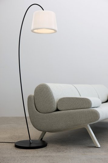 Le Klint Snowdrop Floor Lamp:レ・クリント スノードロップ フロアランプ フロアライト