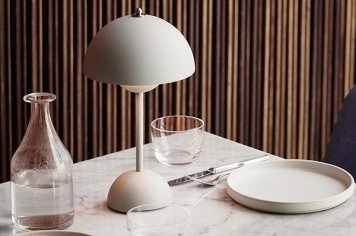 Flowerpot portable table lamp VP9 Verner Panton フラワーポット ポータブルテーブルランプ