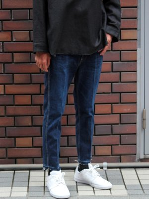 <img class='new_mark_img1' src='http://rayline-co.shop-pro.jp/img/new/icons15.gif' style='border:none;display:inline;margin:0px;padding:0px;width:auto;' />SLIM TAPERED 5P JEANS