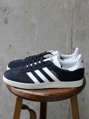 <img class='new_mark_img1' src='http://www.rays-store.jp/img/new/icons15.gif' style='border:none;display:inline;margin:0px;padding:0px;width:auto;' />ADIDAS   GAZELLE
